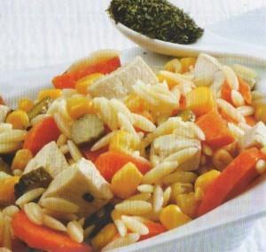 Tavuk Etli Arpa Şehriye Salatası