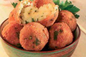 Peynirli Pirinç Topları