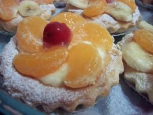 Sosisli ve Meyveli Tartöletler