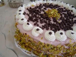 Vişneli Damla Çikolatalı Yaş Pasta