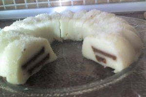 Sütlü Kakaolu Bisküvili Irmik Tatlısı