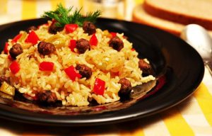 kofteli-pirinc-pilavi